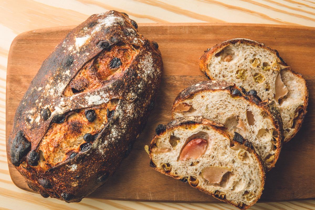 Apple&Chai(アップル&チャイ)ブレッド| 港区 南青山のパン屋 BARTIZAN BREAD FACTORY
